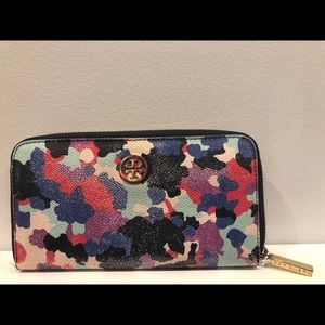 Tory Burch color print wallet